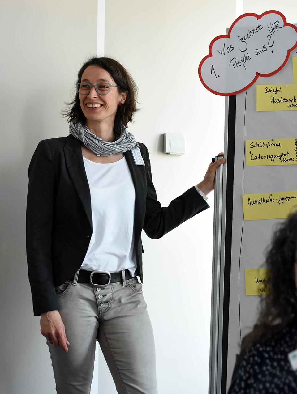 Dörthe Hennemann von der DGE berichtet von ersten Ergebnissen des Fokusgruppen-Gesprächs