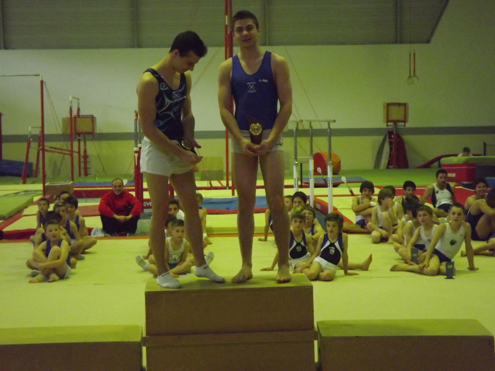 Podium Junior: 1er Laurent Vignes, 2ème Aurélien Roy, tous 2 des Croisés de Bayonne