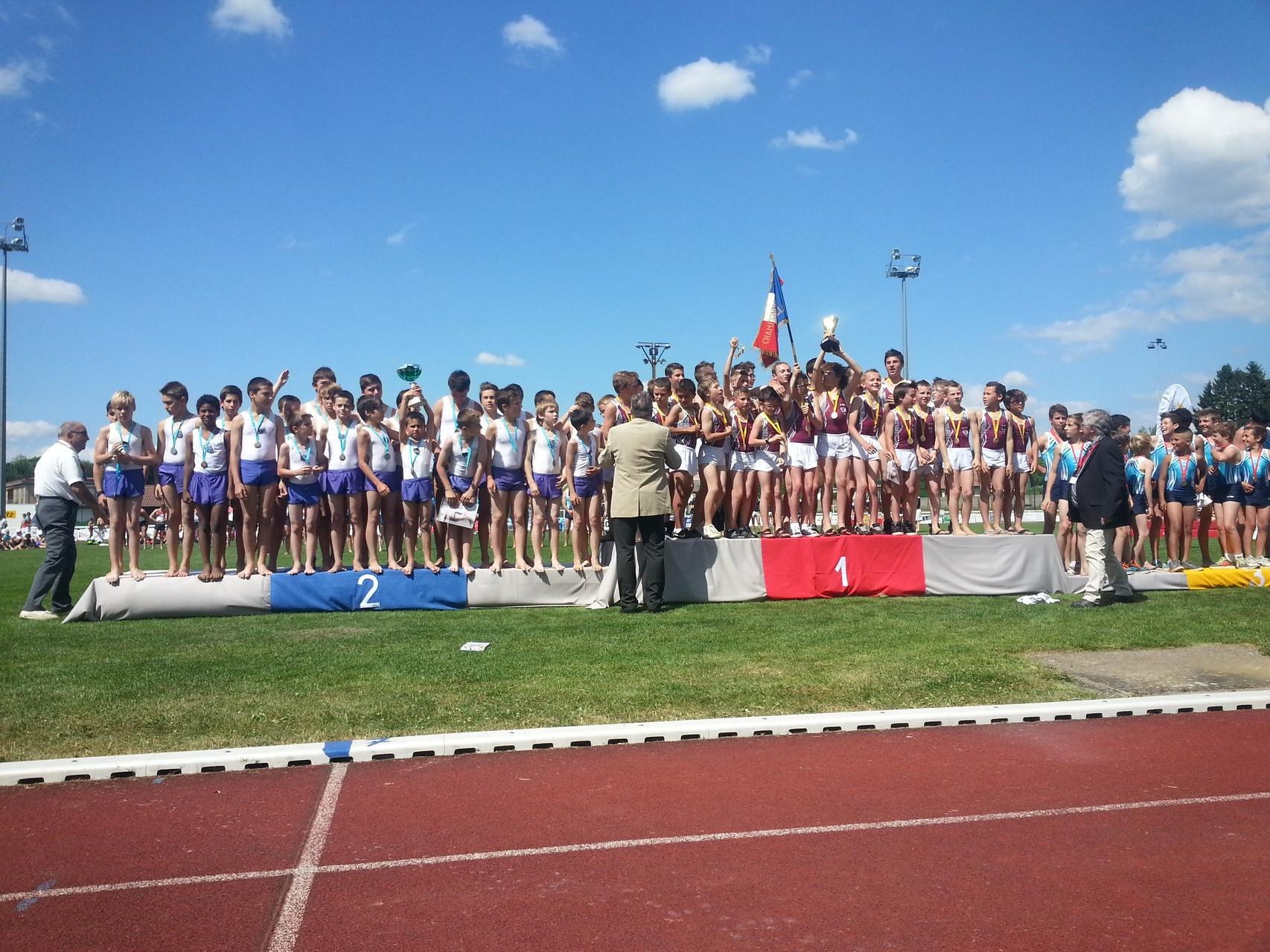 Podium équipe Pupilles F1: 2ème Jeanne d'Arc de Dax