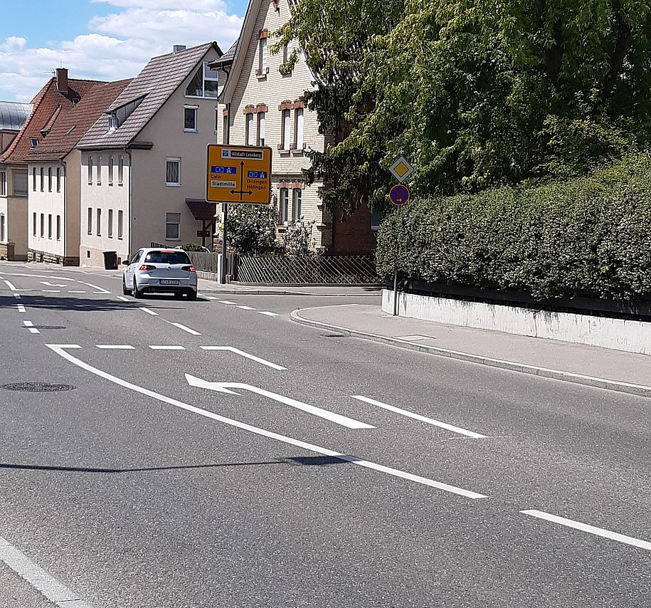 untere Stuttgarter Straße - gefährlich für den Radverkehr in alle Richtungen