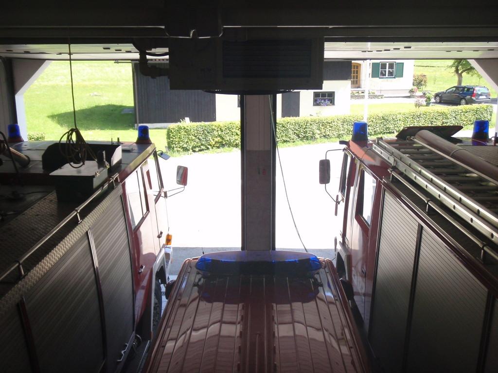 Blick von der 2.Etage in der Fahrzeughalle