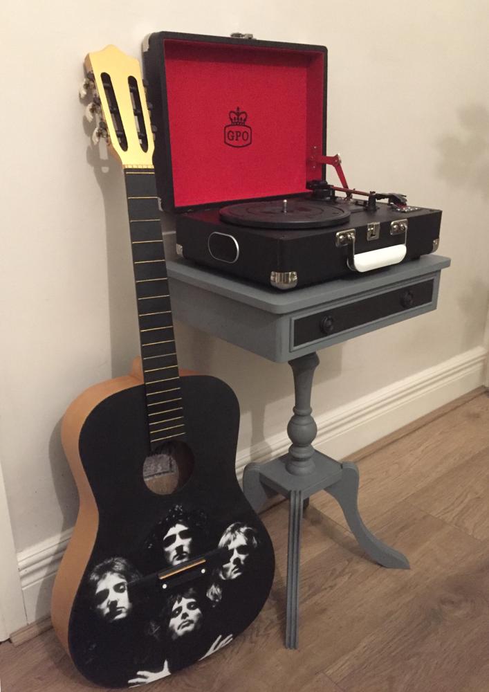 'Bohemian' guitar
