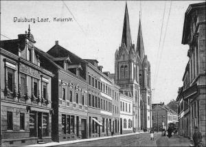 Der Laarer Dom an der Kaiserstraße (heute Friedrich-Ebert-Straße) auf einer Ansichtskarte, die 1910 verschickt wurde