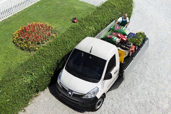 Piaggio Porter NP6 Pick-up für Gärtnereien Garage Stocker Muttenz