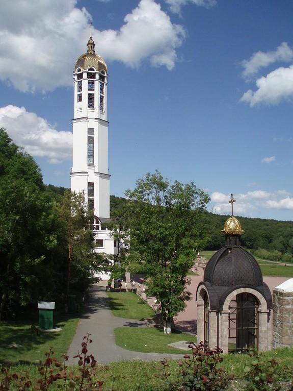 цветов зарваница тернопольская область монастырь фото образует смесь