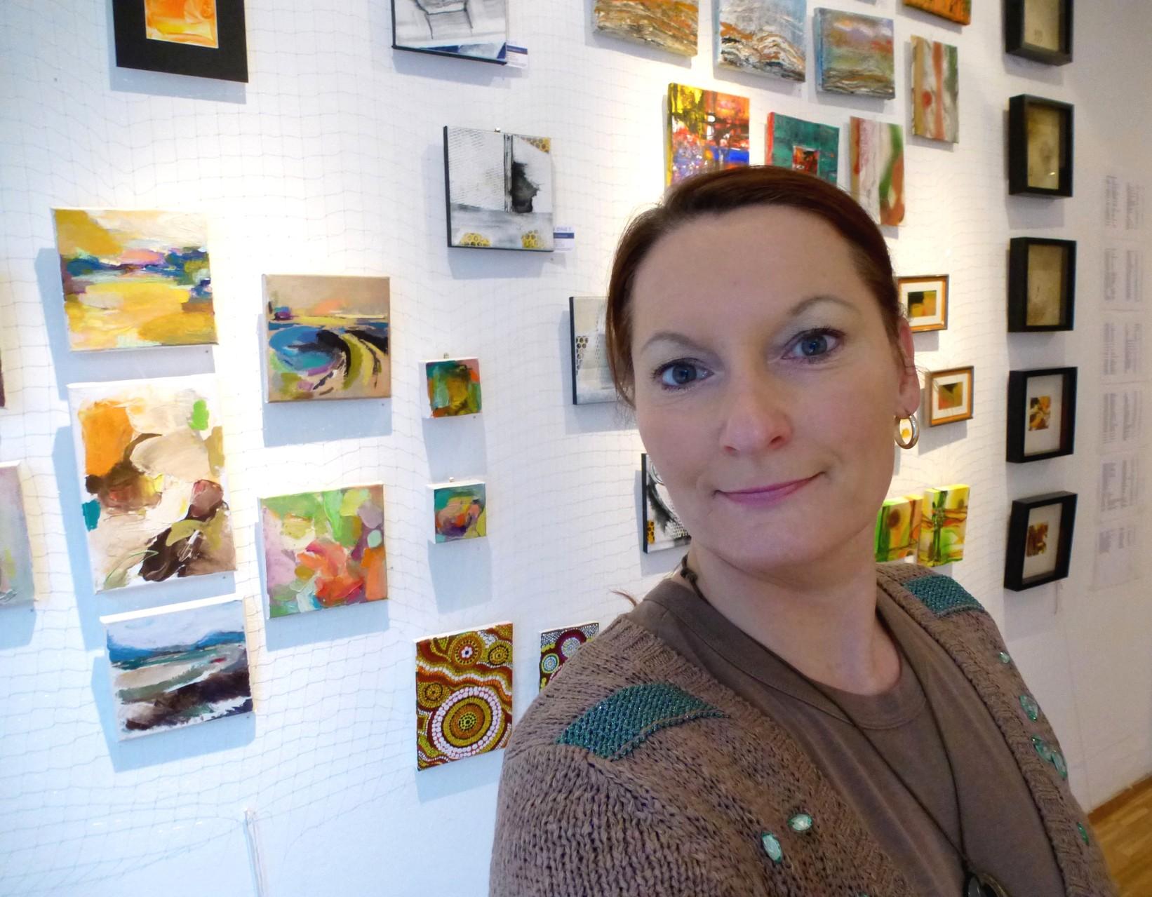 Galeriedienst in der Galerie im Raum