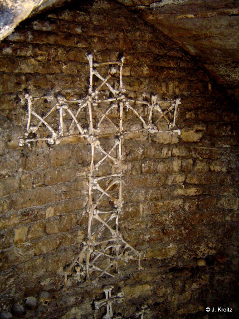 Das Knochenkreuz