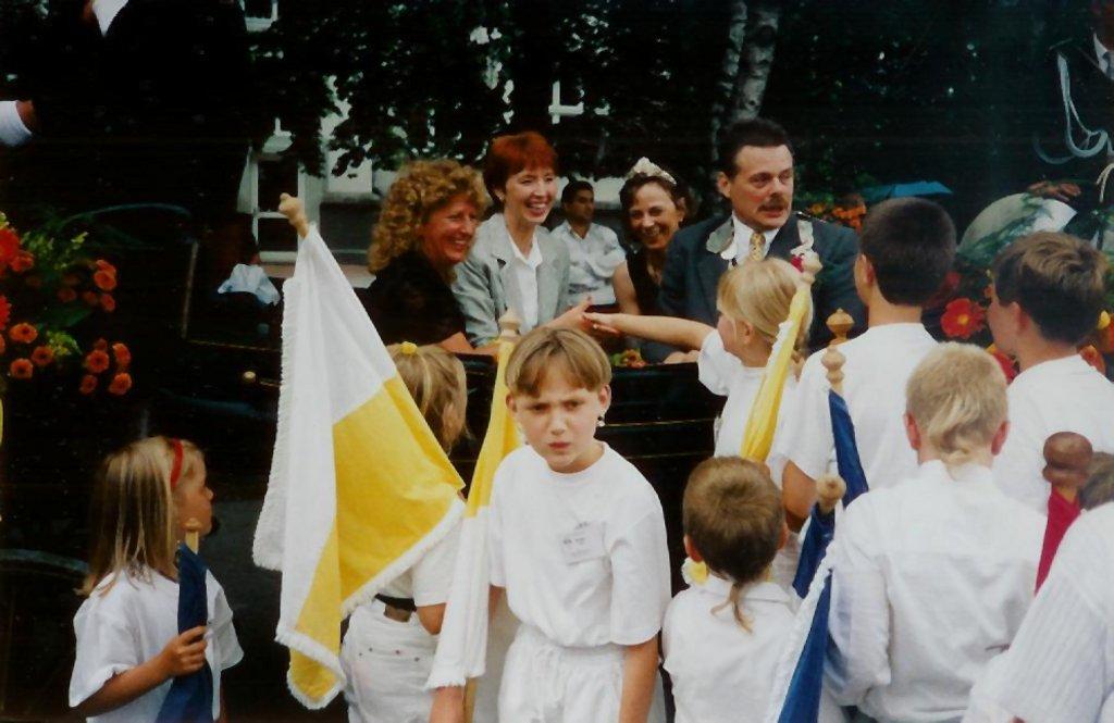König 1998: Herbert Rampe, Königin: Christel Arning, Ehrendamen: Monika Rampe und Elke Reinelt