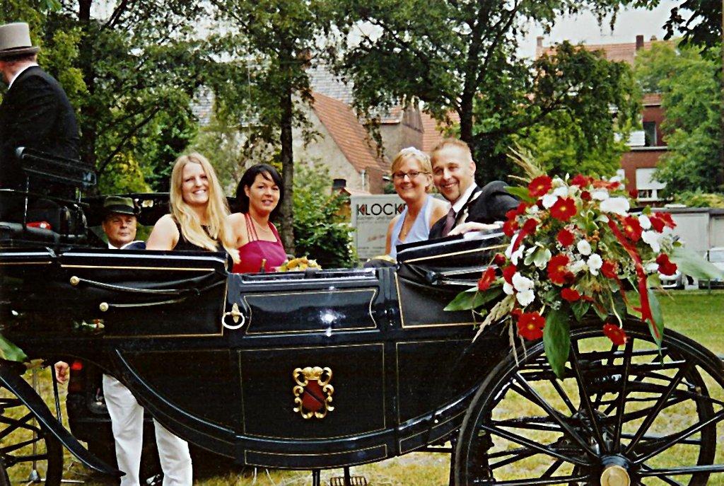 König 2005: Thorsten Reichert, Königin: Friederike Rottmann, Ehrendamen: Janette Messing und Christina Lohmann