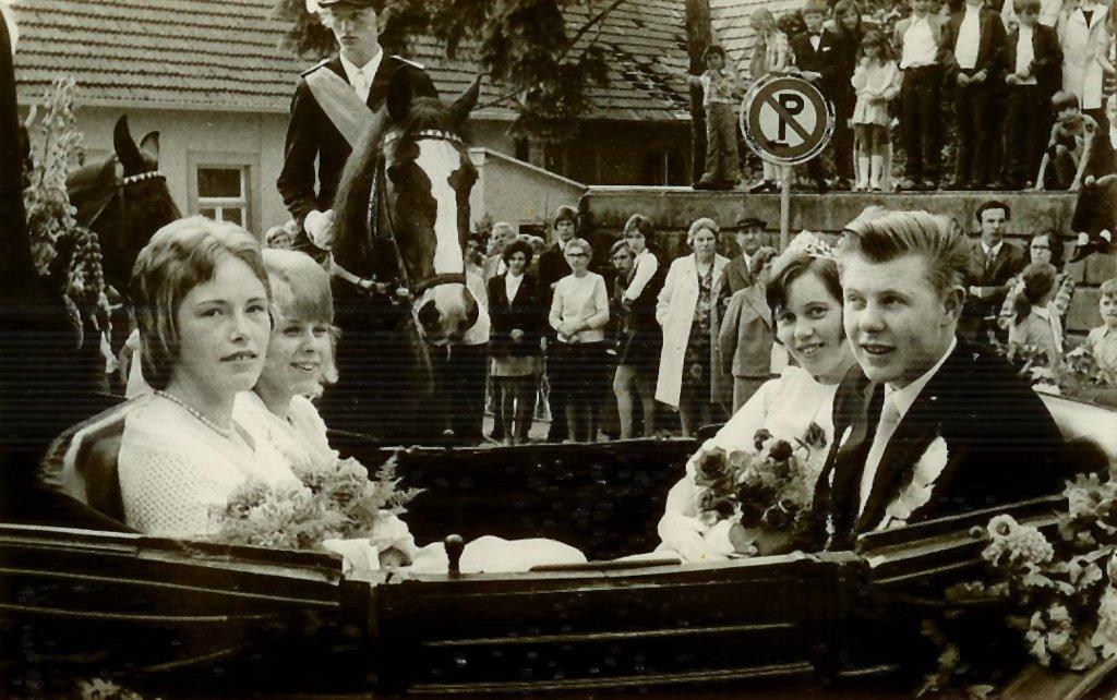 König 1972: Norbert Pollecker, Königin: Elfriede Hahn, Ehrendamen: Mechthild Pollecker und Elke Rippin