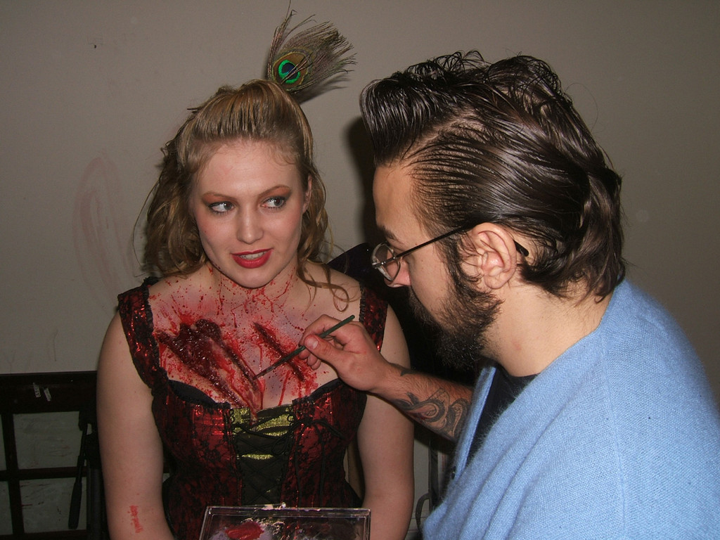 FX artist Todd Malnar working on the wounds that ultimately kill poor Cassie (Danielle Nortum).