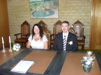 Glückliches Brautpaar / Agentur Gudena/ Dänische Hochzeit