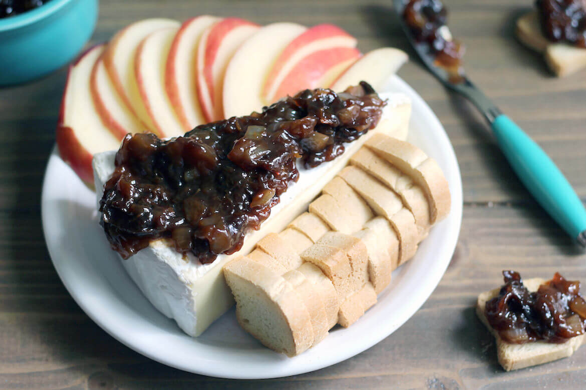 Sweet Cheese Appetizer with Prune Jam