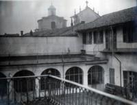 Cortile interno, 1920
