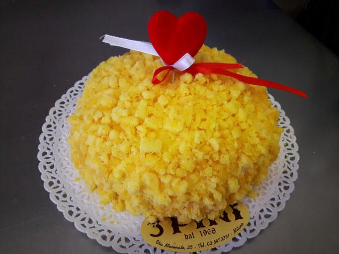 Mimosa con crema e ananas