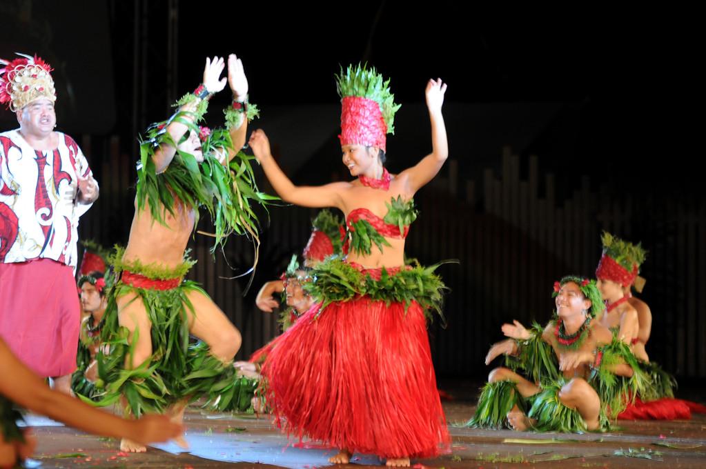 Heiva i Tahiti2011 vegetal costume