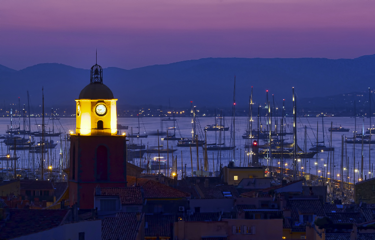 St Tropez by night