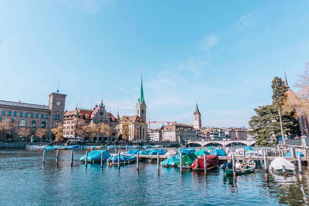 Die besten Instagram Spots in Zürich - Limmatufer.