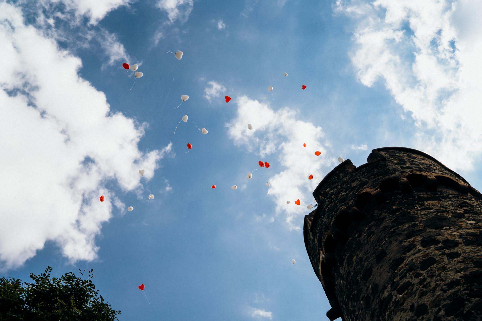 Luftballons Burg Staufenberg
