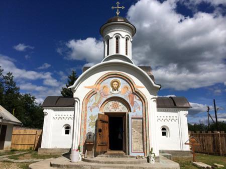 Савватьево. Церковь Знамения Богородицы. Здесь находятся мощи Савватия Воршинского Чудотворца.