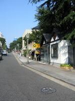 サービスショット!2003年建築学会近畿支部が選ぶ「関西の好ましい街並み」画像は第2位神戸北野町。因みに第1位は神戸旧外国人居留地。3位京都西陣、4位奈良奈良町。