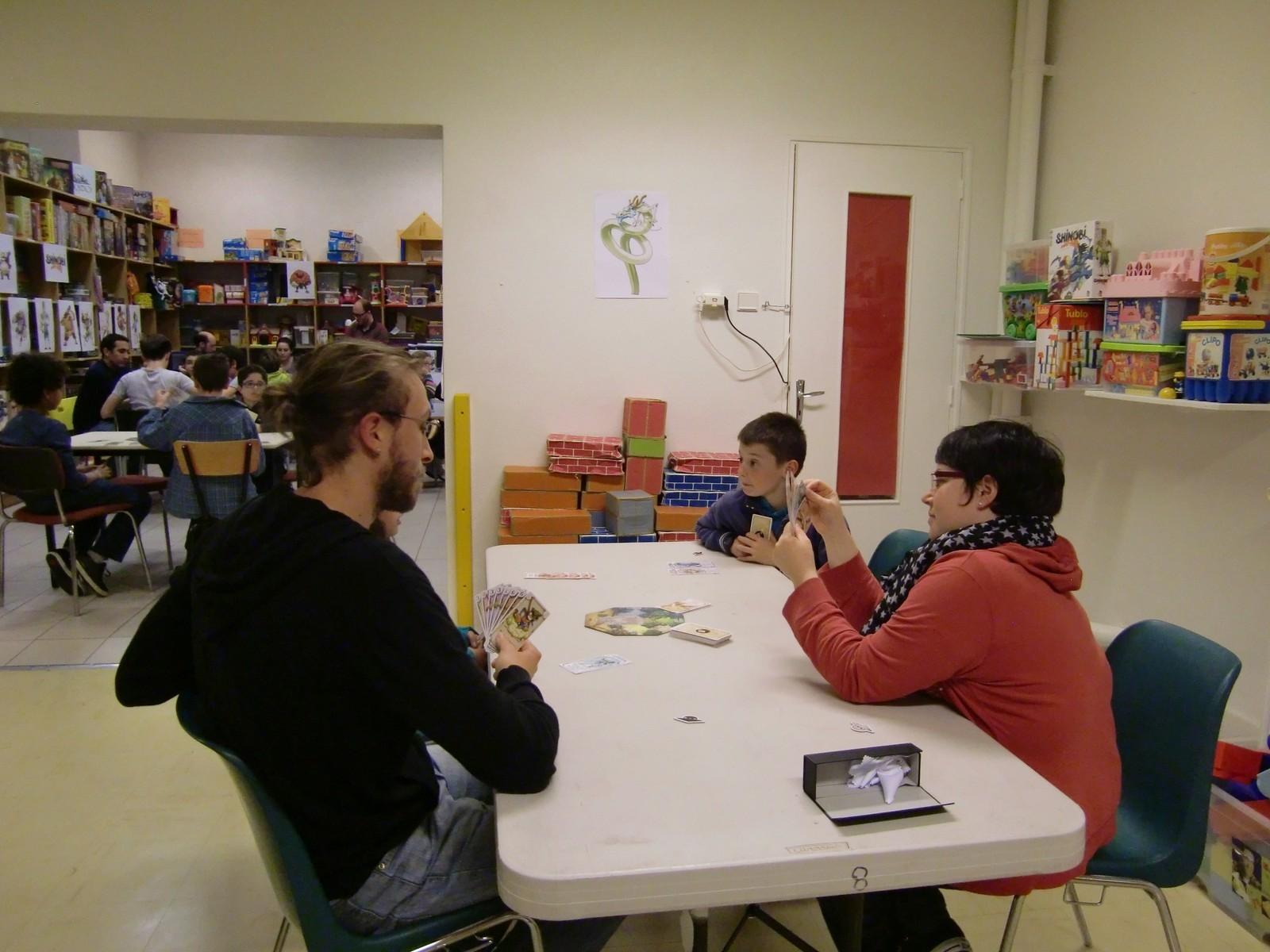 "1ère ronde : la table ""Dragon"" (T5)"
