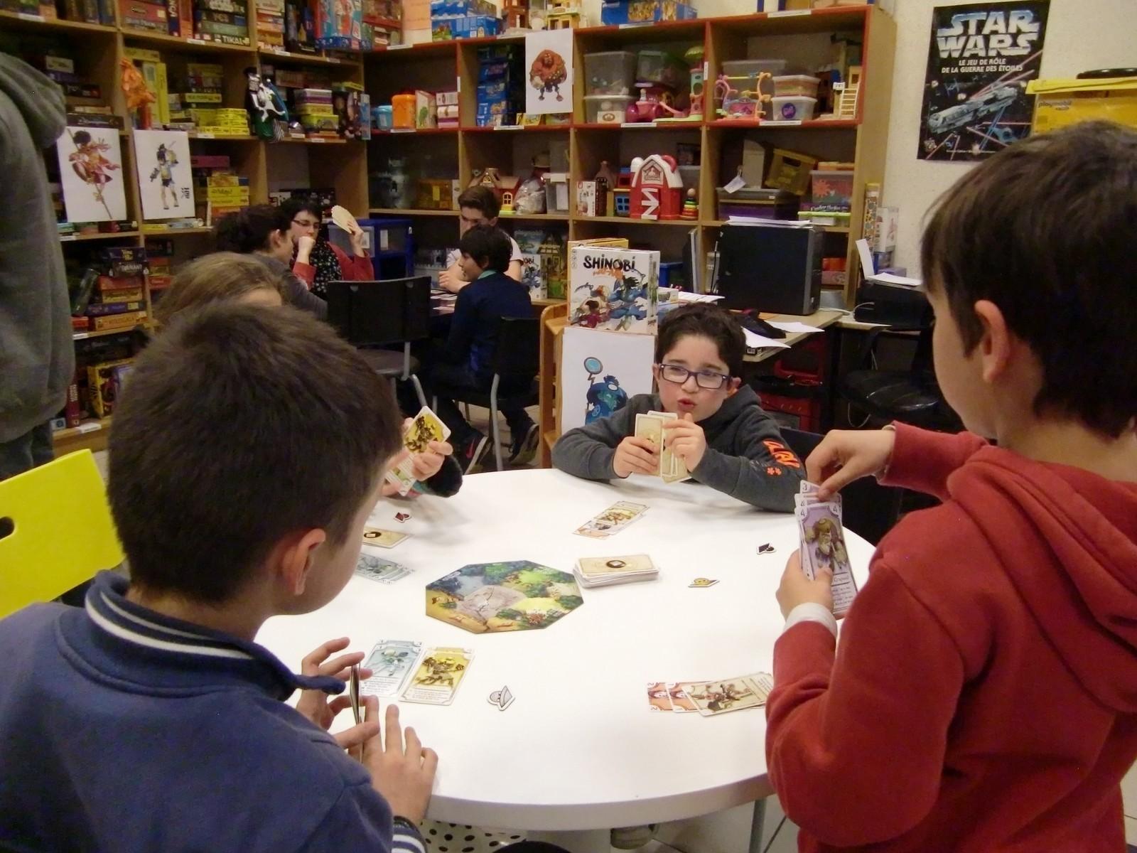 """2ème ronde : la table """"Vieil ermite"""" (T4)"""