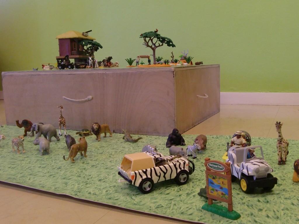 univers de mise en scène avec des animaux africains