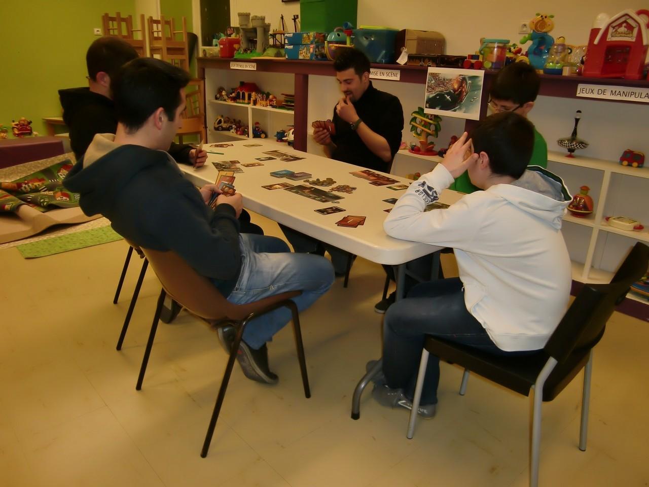 1ère ronde, table Rhodes : Jean-Christophe, Yannick, Jérémie, Nicolas et Mathis