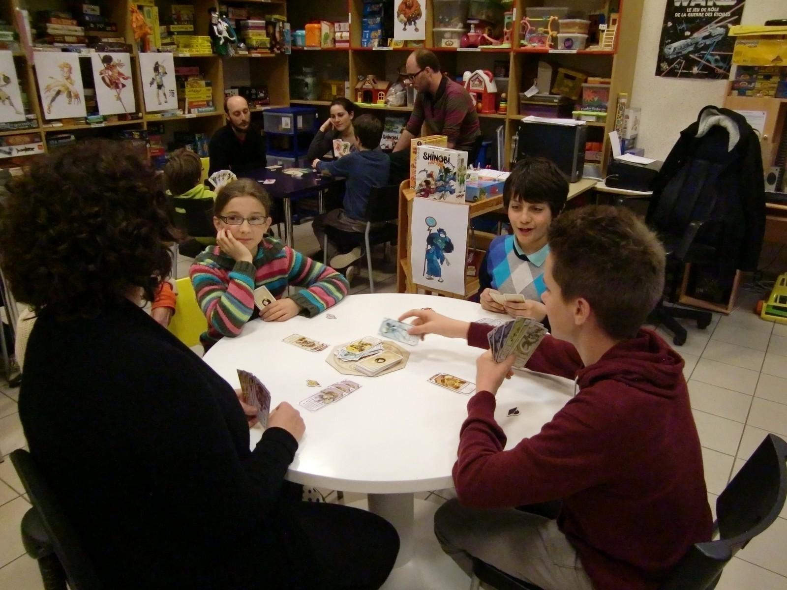 """1ère ronde : la table """"Vieil Ermite"""" (T3)"""