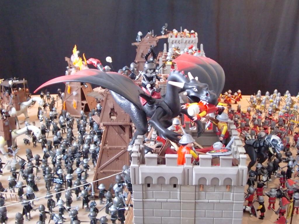 un dragon sur les remparts