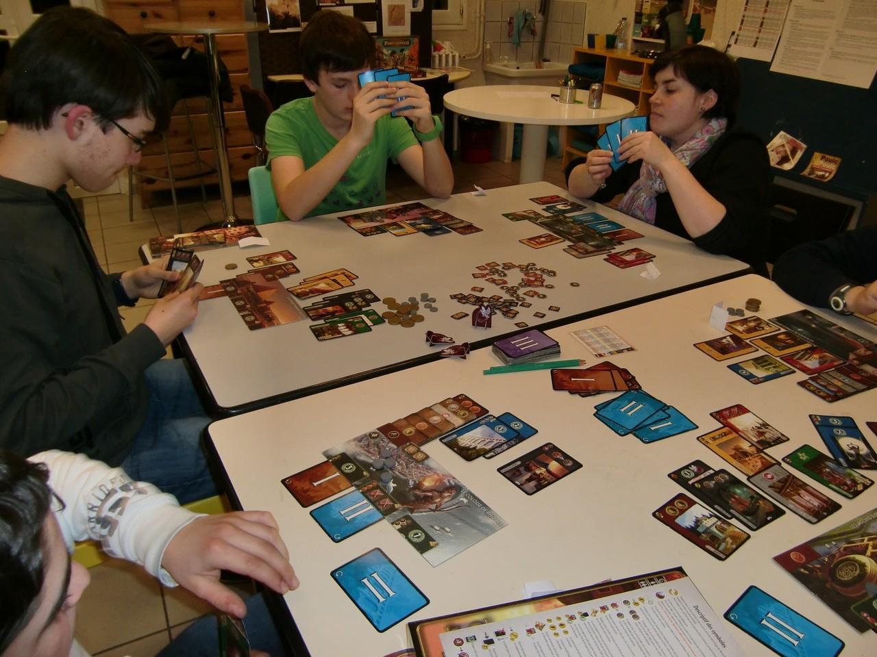3ème ronde, table Alexandrie (Mathis, Tanguy, David, Lydie, Ronan et Samuel)