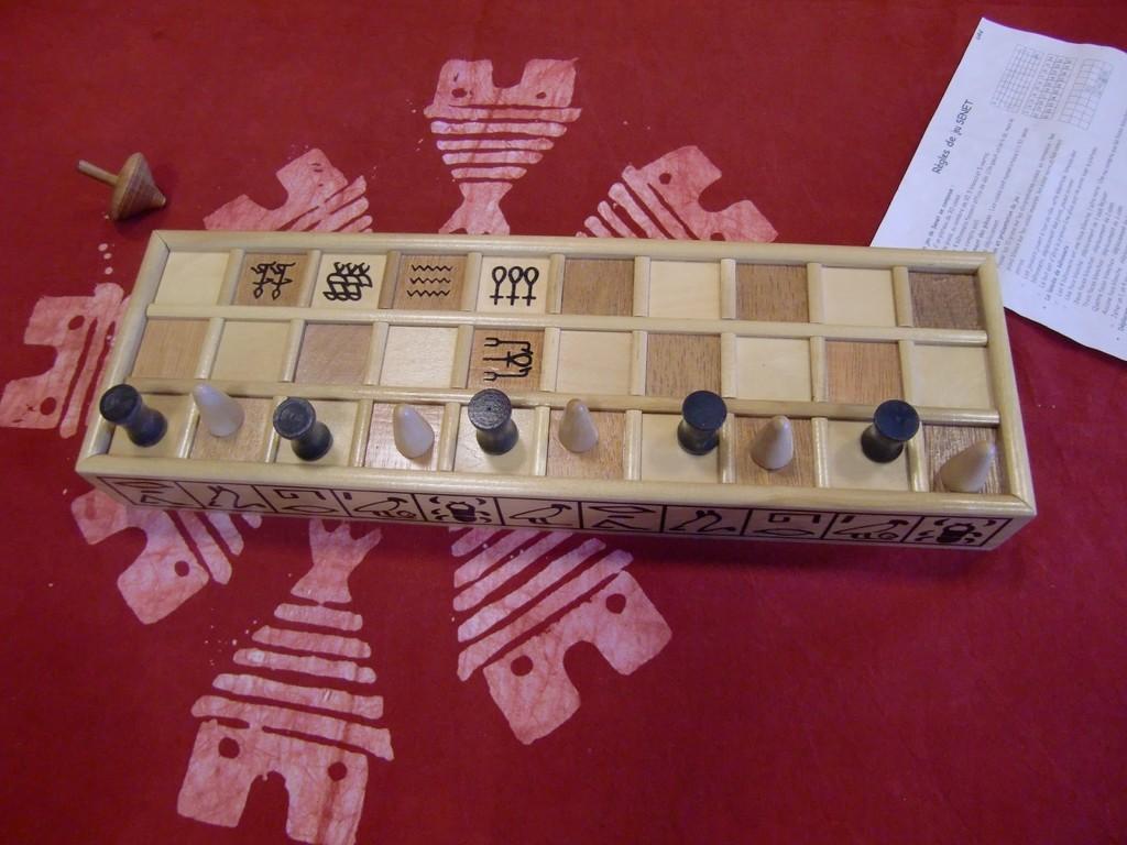 jeu de Senet, jeu de l'Egypte pharaonique