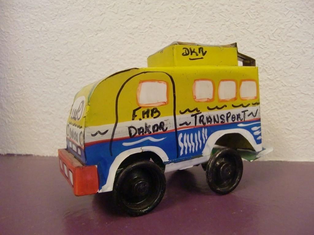 jouet fabriqué au Sénégal