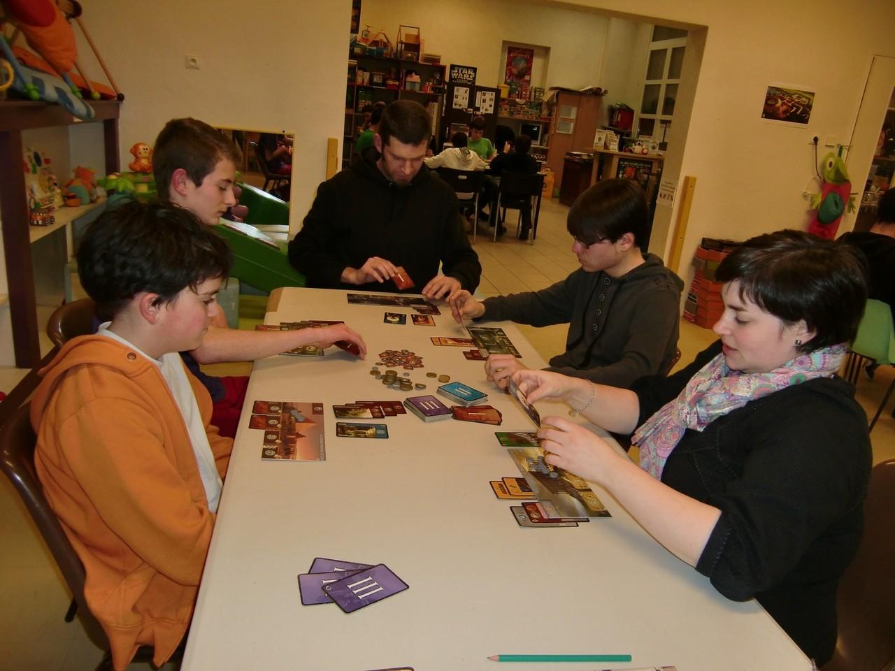 2ème ronde, table Rhodes : Samuel, Guillaume, Yannick, Tanguy et Lydie