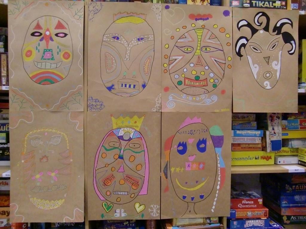 masques dessinés par les enfants de l'Accueil PériScolaire de Cénac