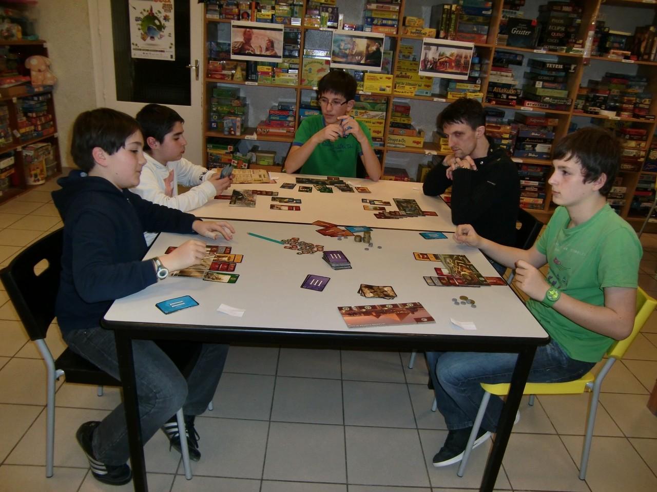 2ème ronde, table Alexandrie : Ronan, Mathis, Nicolas, Jean-Noël et David