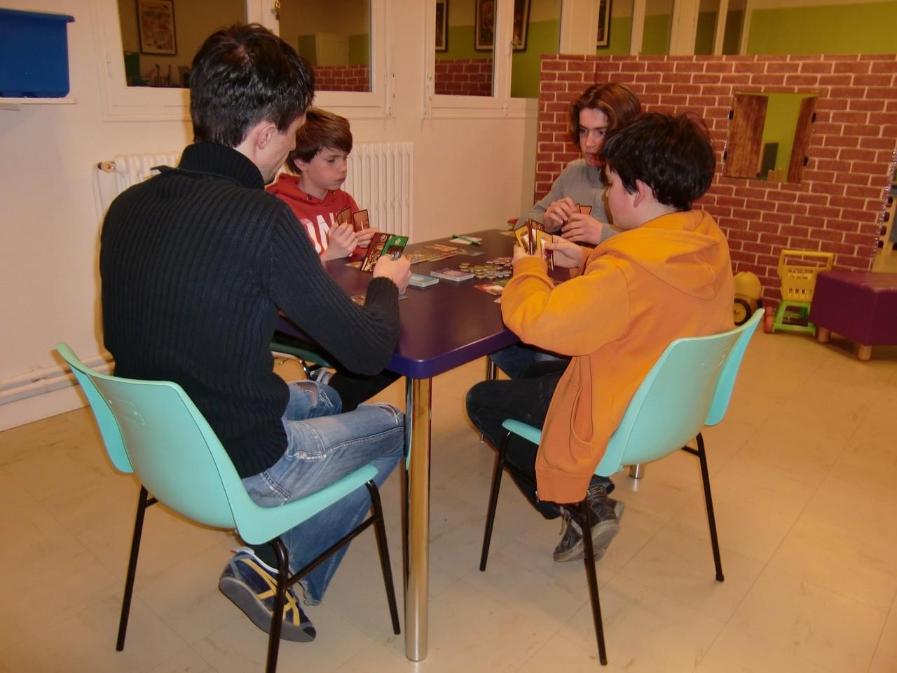 1ère ronde, table Babylone : Jean-Noël, Pierre, Arthur et Samuel