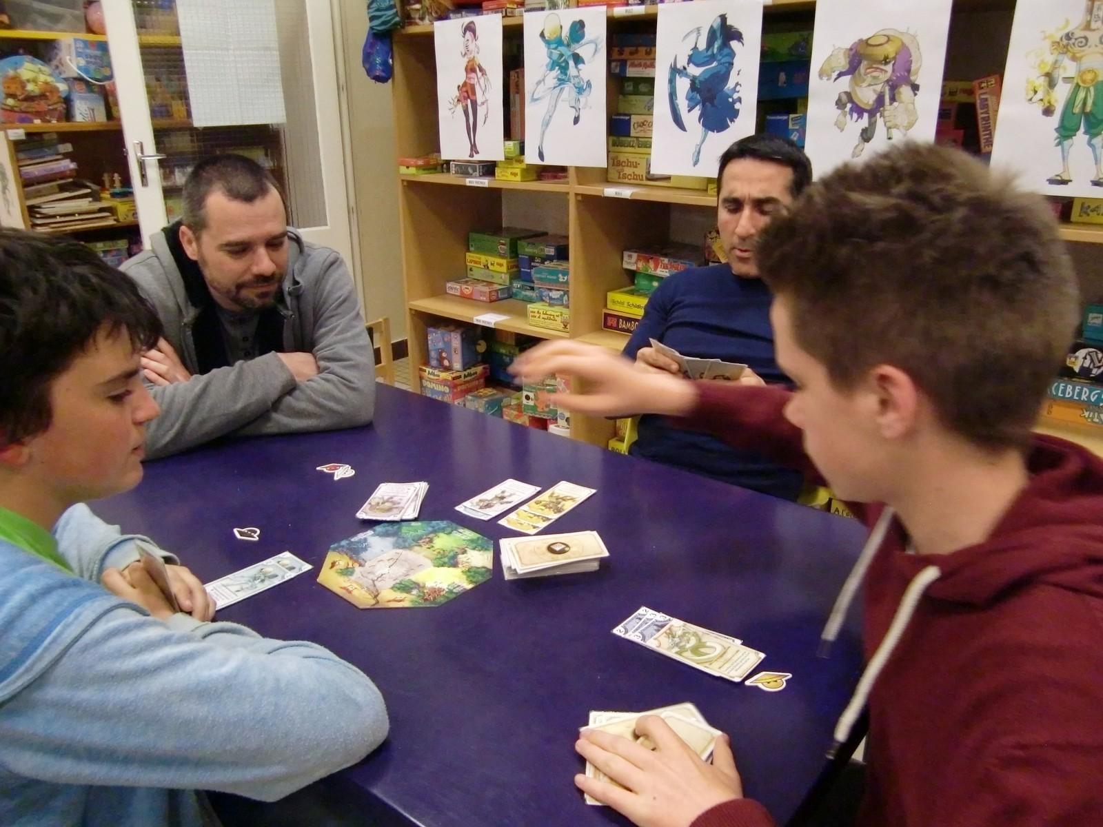 """3ème ronde : la table """"Saitenza"""" avec les 3 premiers (T1)"""