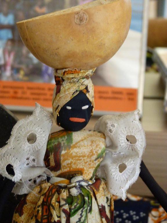 [Handivillage] une poupée sénégalaise