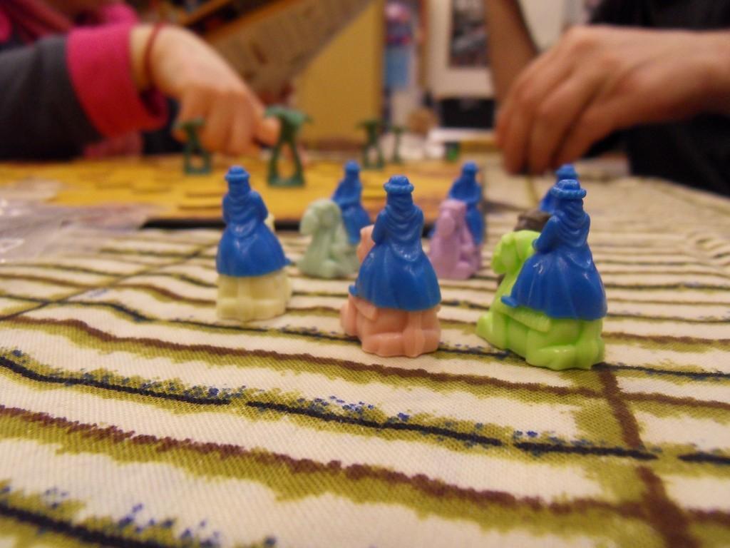 les chameliers du joueur bleu sont prêts...