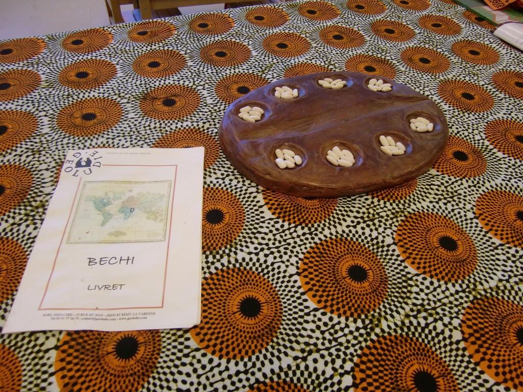le Bechi, un jeu de semailles avec un petit plateau