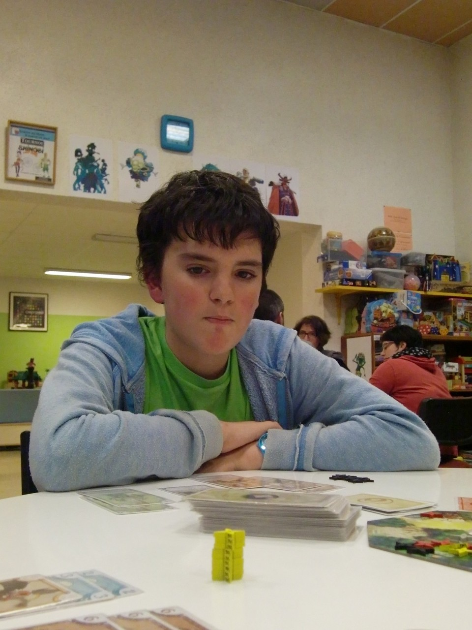 les finalistes : Samuel, attentif au jeu des autres