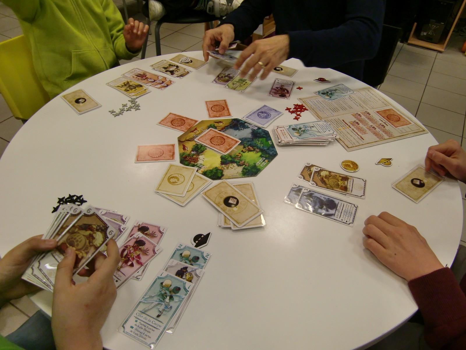 la table finale : les clans après cette 1ère manche
