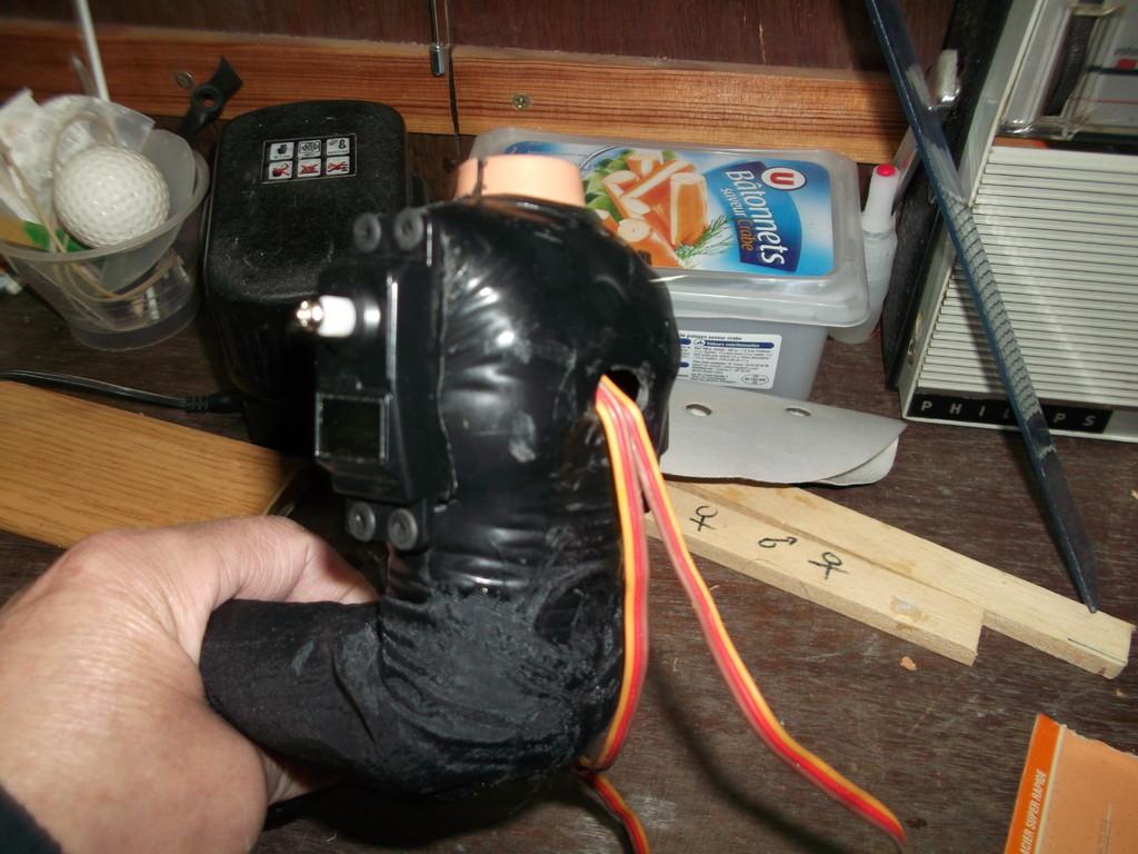 passage des cables des servos