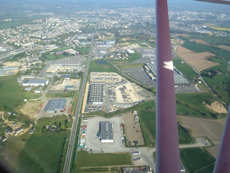 Survol de Mayenne