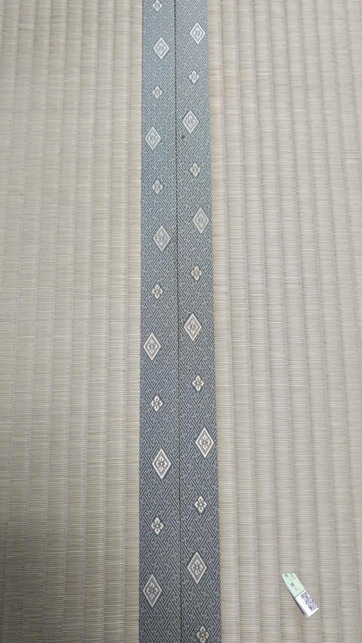 畳縁は、暮四季 No340を使用しました。