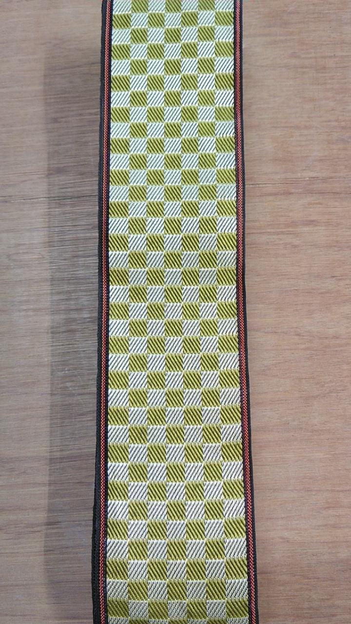 畳表は、熊本産表 畳縁は、ルーミーⅣ No41 市松柄黄色を選ばれました。