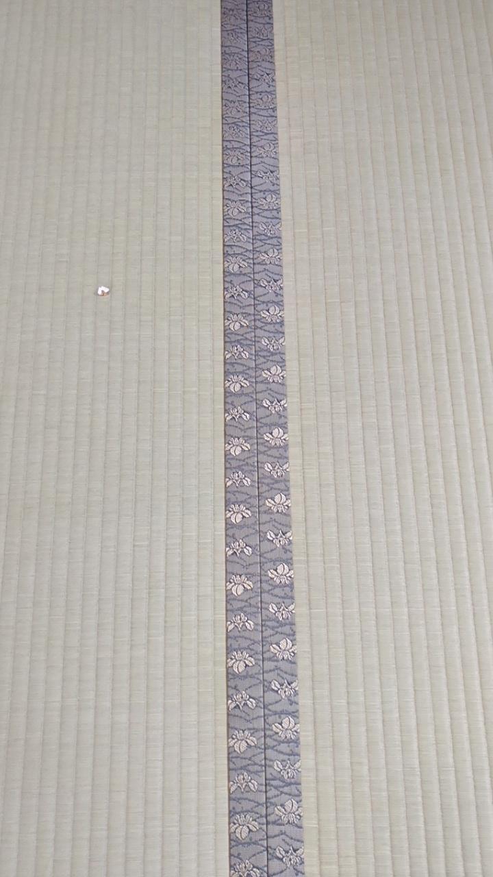 畳縁は、HANA香織 Ⅰ No400を使用しました。