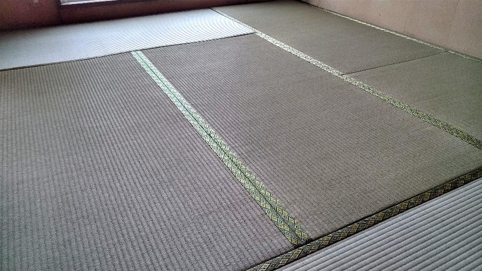 小田原市内の市営住宅に畳を納品しました。